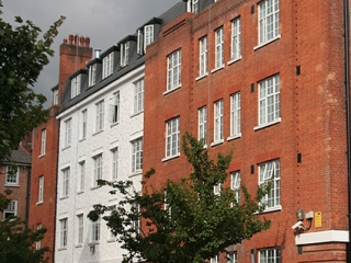 Complete refurbishment of 246 study bedrooms grouped into 59 flats in 33 weeks.